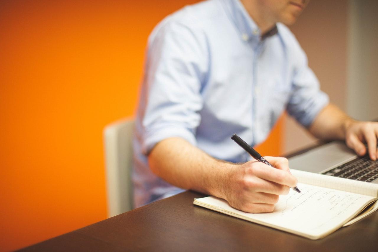 SEO Komplettanalyse vom Experten inklusive Checkliste und Handlungsempfehlungen.
